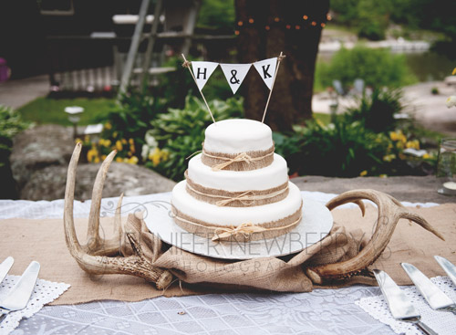 rustic vintage wedding cake with deer antlers www.jnphotography.ca @filemanager