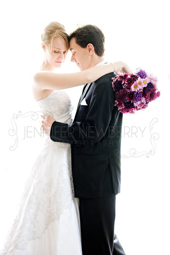 Aurora bride and groom by www.jnphotography.ca @filemanager