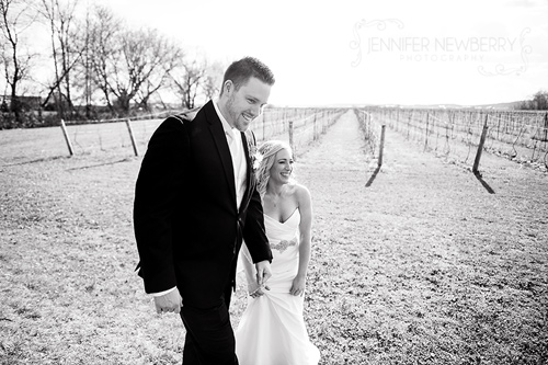 Candid wedding coule by www.jnphotography.ca @filemanager