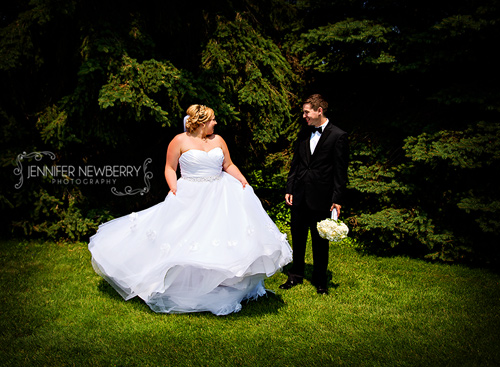 Horseshoe Resort Wedding Couple by www.jnphotography.ca