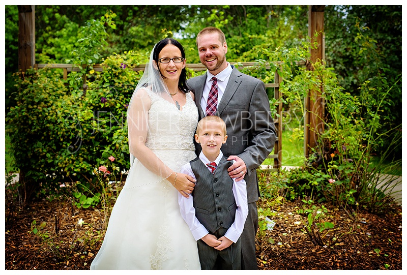 Bradford bride and groom and son by www.jnphotography.ca @filemanager