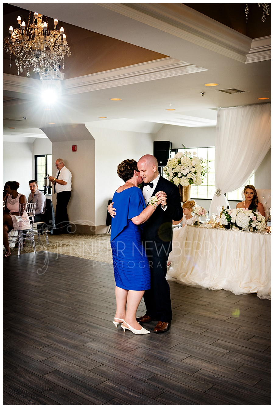 The Manor wedding. Mother and son dance. Victoria Suite. Photos by The Manor wedding photographer www.jnphotography.ca @filemanager