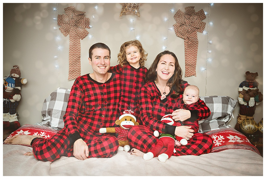 Newmarket Christmas Family photos by Newmarket family photographer www.jnphotography.ca @filemanager